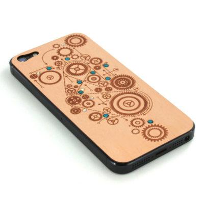 Apple iPhone 5 Gears Puukuori Koristekivillä